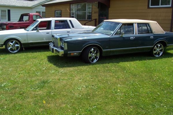 Another SoillLincoln 1984 Lincoln Town Car post... - 15896155