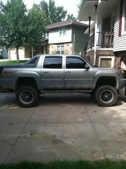 Jared026 2002 Chevrolet Avalanche 1500