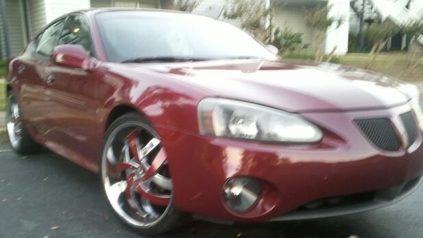 youngNbossN 2006 Pontiac Grand Prix