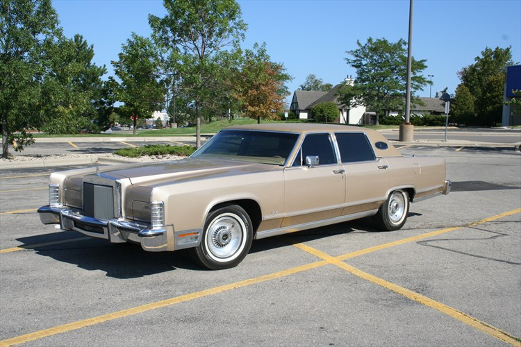62corv 1979 lincoln town car specs photos modification info at cardomain. Black Bedroom Furniture Sets. Home Design Ideas