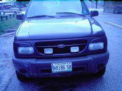 ryerye1234 2000 Ford Explorer