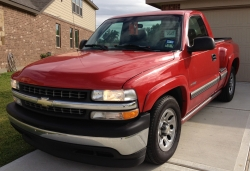 HOUSTON TEXAS 2002 Chevrolet Silverado (Classic) 1500 Regular Cab