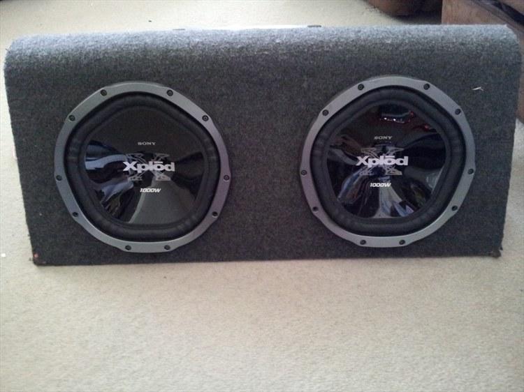 SISTER'S FIRST SOUND SYSTEM :) - 15851228