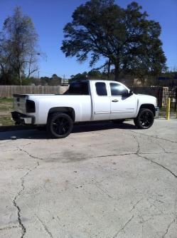 lucky_you337 2011 Chevrolet Silverado 1500 Extended Cab