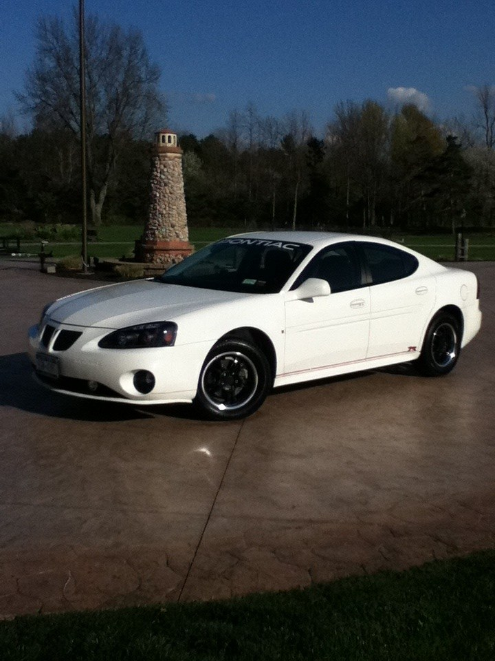 Redblackwhite S 2008 Pontiac Grand Prix In Webster Ny