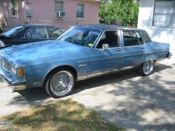 54Mechanic1 1981 Oldsmobile 98