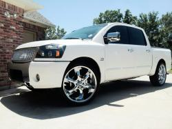 optimazed 2004 Nissan Titan Crew Cab