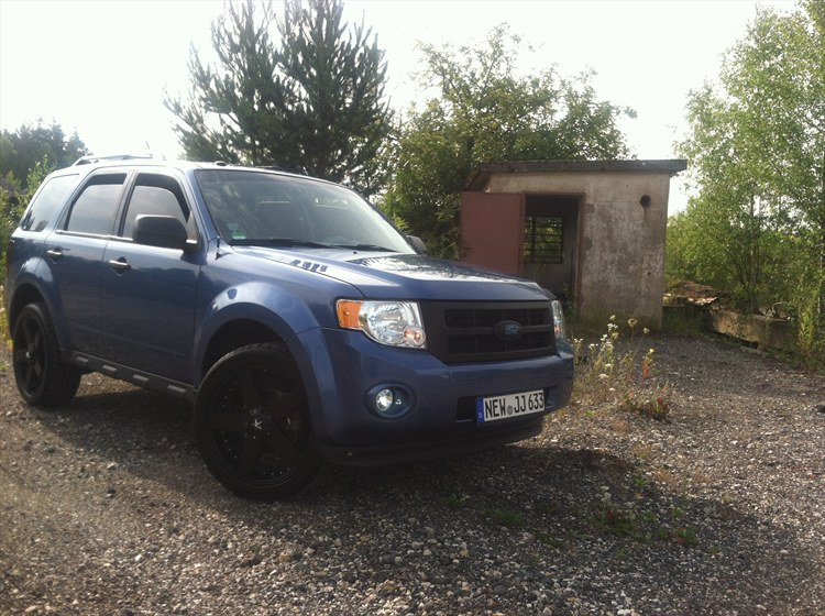 Lifted Ford Escape >> FAMOUSFRANK10 2009 Ford Escape's Photo Gallery at CarDomain