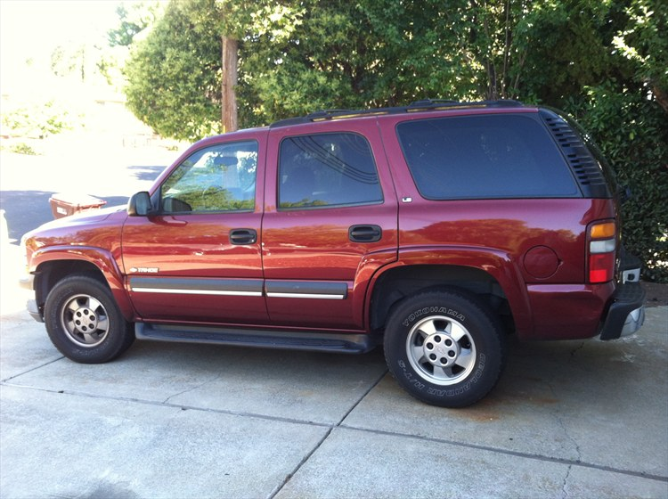 This tahoe i bought to tow my race car with. It used to be my moms typical soccer mom SUV. Now at 114,000 miles it comes into my hands. Stay tuned - 15845297