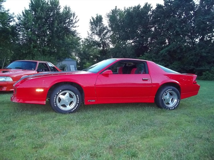 Another estesformula87 1990 Chevrolet Camaro post... - 15805228
