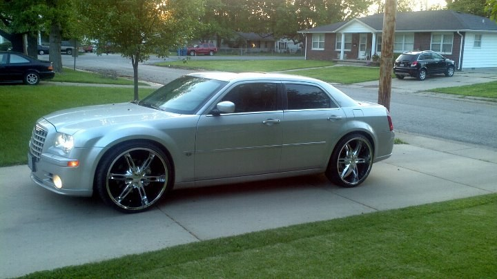 Mikey N Crystal 2006 Chrysler 300300c Srt8 Sedan 4d Specs