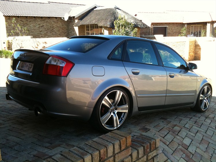Tommiedewaal 2004 Audi A4 Specs Photos Modification Info