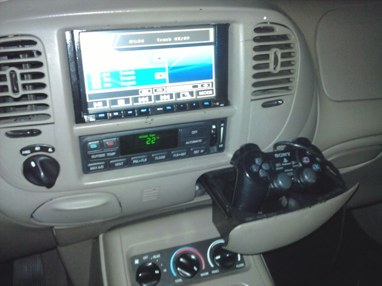 Slipster 2000 Ford ExpeditionEddie Bauer Sport Utility 4D ...