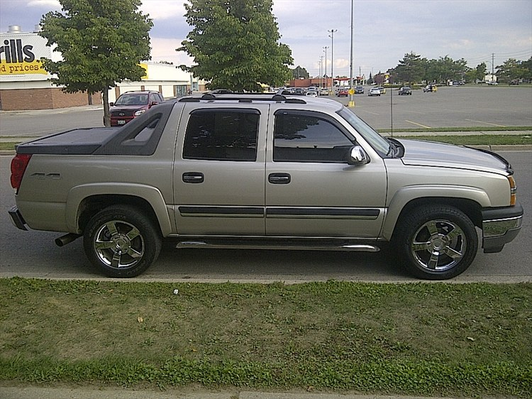 05avalanche 2005 Chevrolet Avalanche