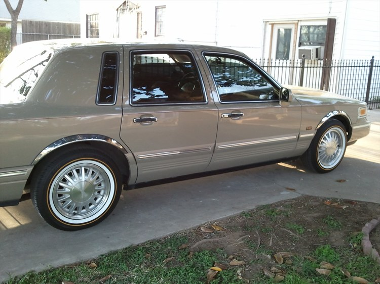 Cypresstc 1996 Lincoln Town Car Specs Photos Modification Info At