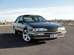 f2thak 1986 Holden Berlina