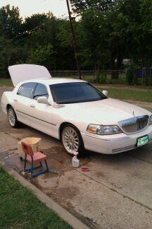 2004 Lincoln Town Car Ultimate Sedan 4d View All 2004 Lincoln Town