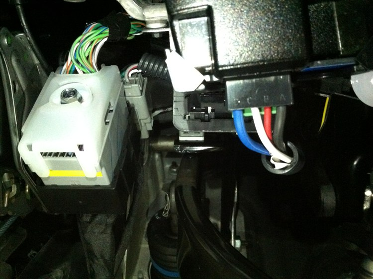 15698339_large brake controller installed dodgeforum com 2013 dodge journey trailer wiring harness at crackthecode.co