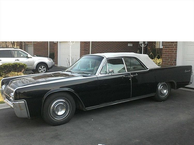 Scott Free 1962 Lincoln Continental