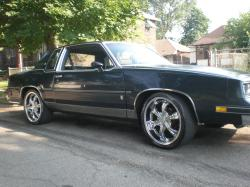 D CUTTY 1985 Oldsmobile Cutlass Brougham