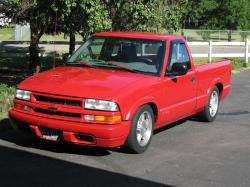 M4L1BU_FR34K 1998 Chevrolet S10 Regular Cab
