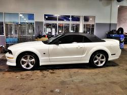 SharpChord 2006 Ford Mustang