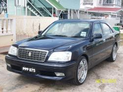 Davidsammy 2000 Toyota Crown