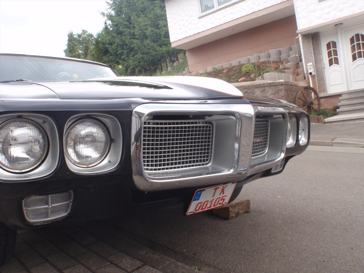 Timothy-Yarish's 1969 Pontiac Firebird