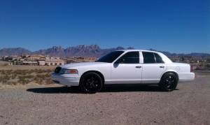 SlabVic04 2004 Ford Crown Victoria
