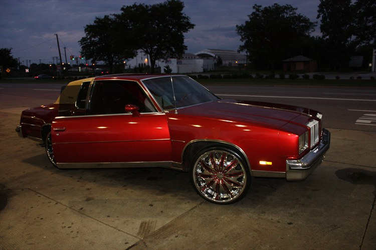 Another GreezyGre 1979 Oldsmobile Cutlass Supreme post... - 15488413