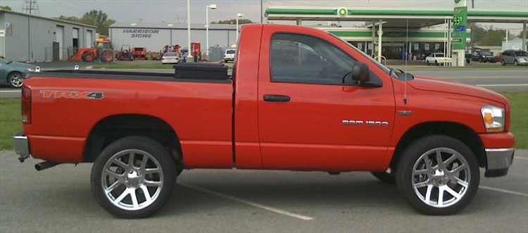 69Dealy 2006 Dodge Ram 1500 Club Cab