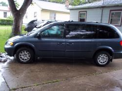 rvogel319's 2002 Dodge Grand Caravan Passenger