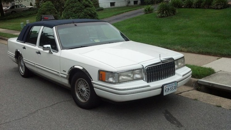 kedakari 1994 lincoln town car specs photos modification. Black Bedroom Furniture Sets. Home Design Ideas