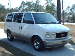 1coolpassat 2002 GMC Safari Passenger
