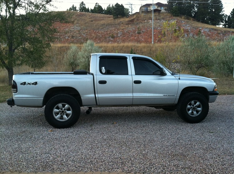 tay0016 2004 Dodge Dakota Quad Cab