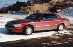 HFD36 2004 Ford LTD Crown Victoria