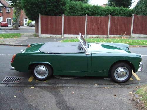 nickspyder27 1964 MG Midget