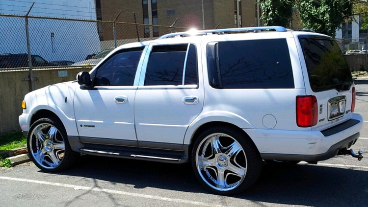 Eddieortiz3rd 2001 Lincoln Navigator Specs Photos Modification Info At Cardomain