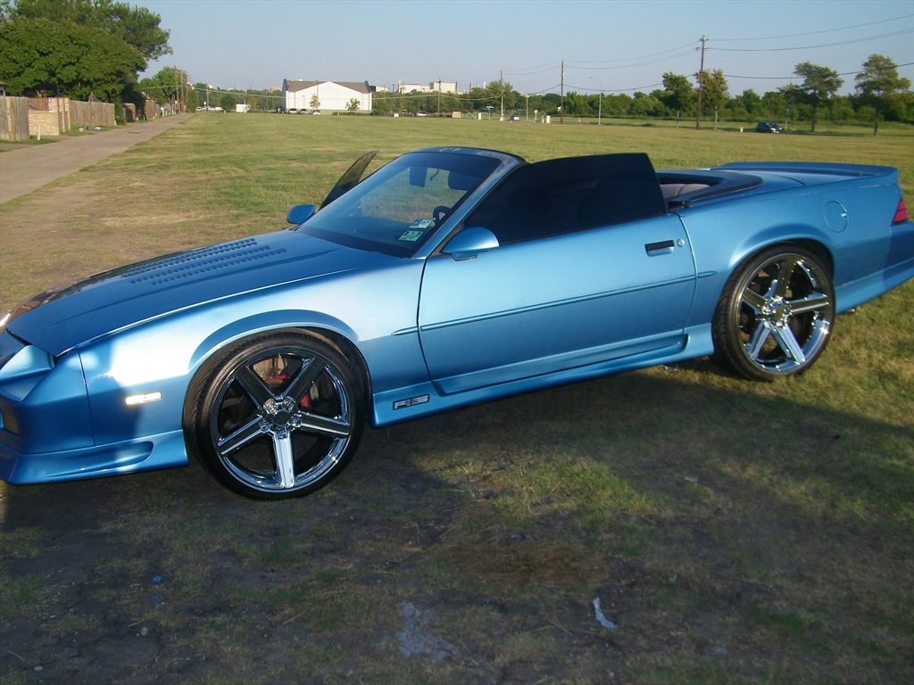 Iseeulooking S 1992 Chevrolet Camaro Rs Convertible 2d In