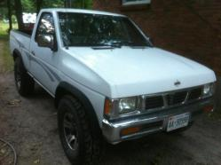 Geolanders 1996 Nissan D21 Pick-Up