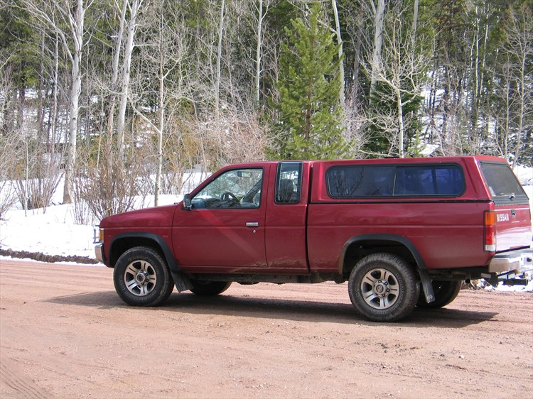joe.t.elkins 1996 Nissan D21 Pick-Up