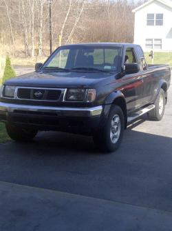 fronter00 2000 Nissan Frontier King Cab