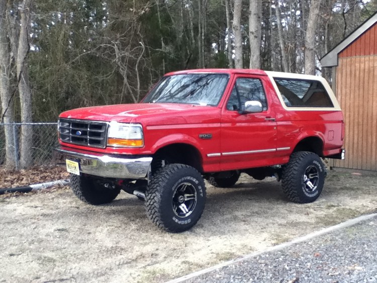 ameranmuscle 1995 Ford Bronco