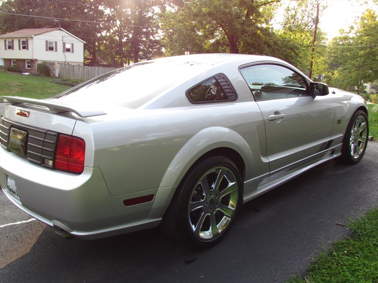 Another dundada80 2005 Ford Mustang post... - 15499632