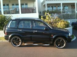 stay2uned_bdas 2005 Suzuki Grand Vitara