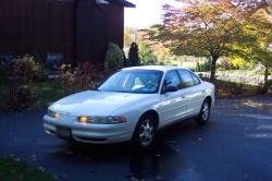Raptur25 1999 Oldsmobile Intrigue