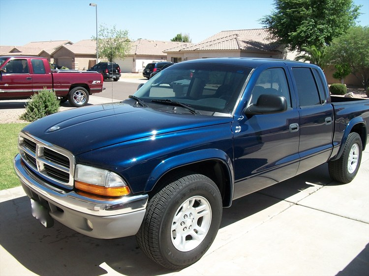 rikota 2003 Dodge Dakota Quad Cab