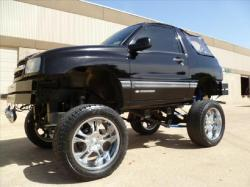 tiger3229 2001 Chevrolet Tracker