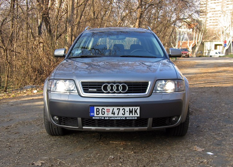 DELracing 2004 Audi Allroad