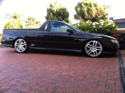 markallen318is 2006 Holden Ute